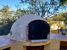 Outdoor oven - Finca Listonero